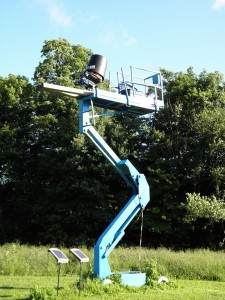 : This trap is mounted on a lift to simulate a bird coming out of a tree. It's launched behind the shooter and flies directly over your head for a straight-away shot.